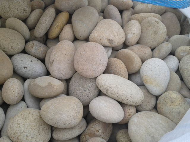 Piedra de mar beige materiales alatorre for Decoracion en piedras de rio